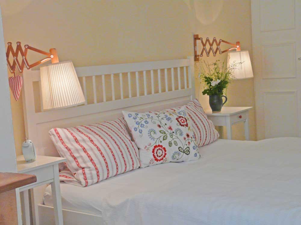 Schlafzimmer 1 der Ferienwohnung, Bett